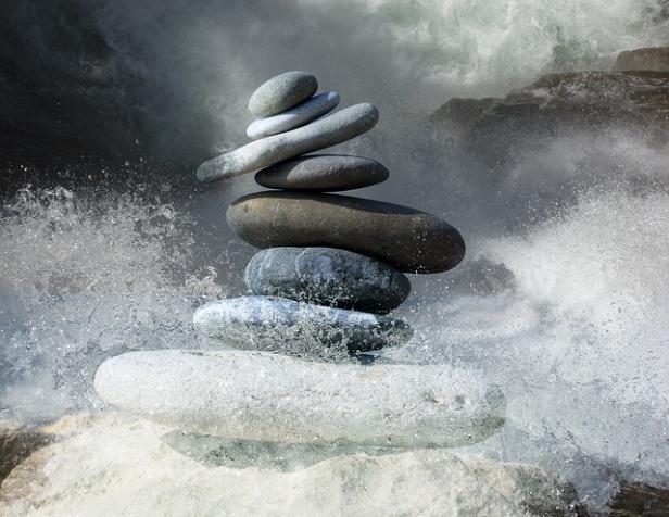 zen-stones-2774524_640.jpg