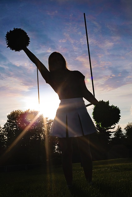 cheerleader-570839_640.jpg
