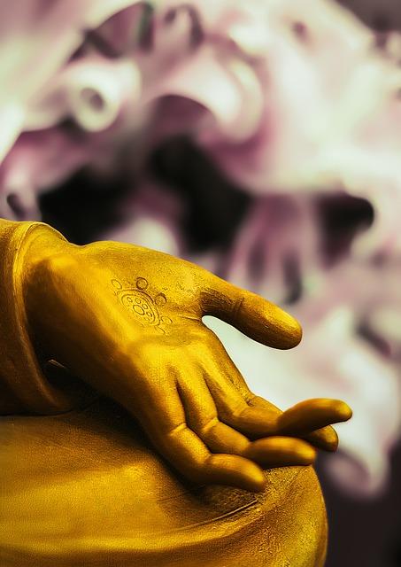 buddha-statue-2692027_640.jpg