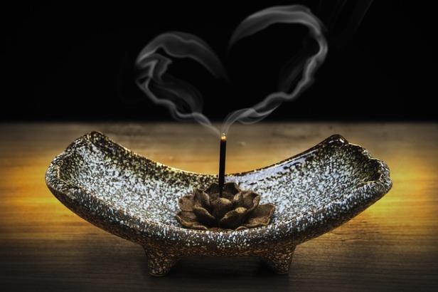 incense-2042096_640 (1).jpg