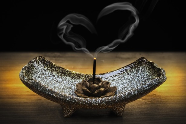 incense-2042096_640 (2).jpg