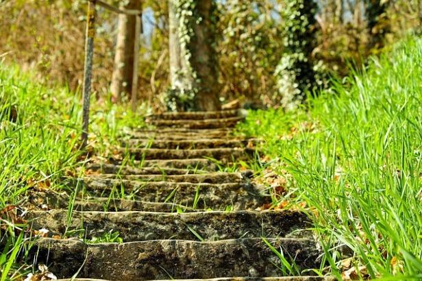 stairs-2203290_640.jpg