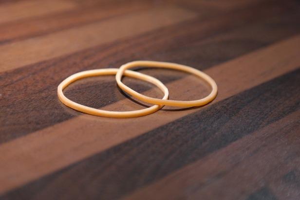 rubber-bands-228046_1280.jpg